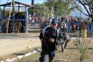 Presidente de Honduras suspende autoridades carcelarias tras incendio