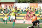 José Largacha, sin lugar a dudas, fue la gran figura del Bucaramanga en la victoria 2 – 0 sobre el Pereira en el cierre de la fecha 12 del Torneo Postobón. El jugador corrió durante los 90 minutos, abrió la cancha por el costado izquierdo, anotó el primer tanto y generó la jugada que terminó en el segundo y definitivo.