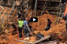 Rescatan cuerpo de obrero atrapado tras caída de un muro en Bucaramanga