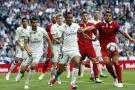 Real Madrid le ganó 4-1 al Sevilla y sigue firme en su lucha por el título
