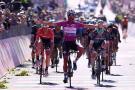 ¡Histórico! Fernando Gaviria gana su cuarta etapa en el Giro de Italia