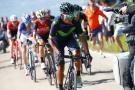 Tom Dumoulin derrotó a Nairo Quintana en la etapa 14 que terminó en montaña