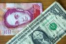 Plan de Maduro para abandonar el dólar provoca escepticismo