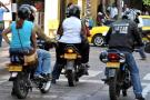 Motociclistas en Bogotá no podrán transportar parrillero hombre