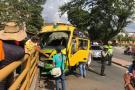 Bus perdió el control y dejó cuatro heridos en avenida Los Caneyes de Girón