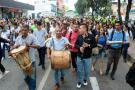 Estudiantes marcharon en protesta por tala de árboles de la Normal en Bucaramanga