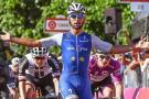 Por fractura en el metacarpo, Gaviria se retira de la Tirreno-Adriático