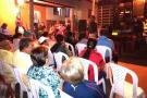 Encuentro comunitario en barrio José Antonio Galán