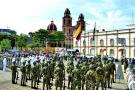 Sentido homenaje al pabellón por el Día de la Independencia