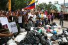 Las calles de Girón están invadidas de basuras pues sus habitantes no tienen a dónde llevar sus deshechos.