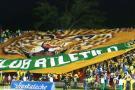 La gigantesca bandera de Atlético Bucaramanga que volvió a ondear en el Alfonso López