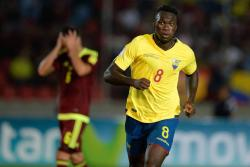 Ecuador sigue invicto al vencer 3-1 a Venezuela y se acerca a Rusia 2018
