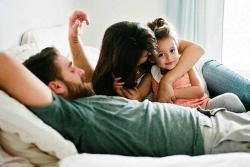 ¿Cómo lograr ser mamá y novia al tiempo?