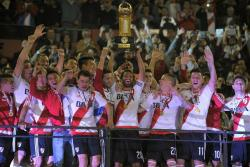 River Plate venció 2-1 a Santa Fe y se coronó bicampeón de la Recopa