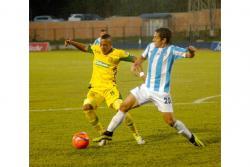 Real Santander y Leones disputarán hoy, a las 6:00 p.m., uno de los duelos más llamativos del Torneo Águila, ya que son dos elencos que se caracterizan por el buen juego.