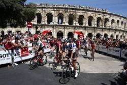 El belga Lampaert gana la segunda etapa de la vuelta a España