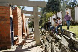 En octubre de 2010, en Molagavita, al menos 15 viviendas se vinieron abajo y otras 20 quedaron en alto riesgo. La escuela de Pantano Grande fue reportada como destruida y unos 2 kilómetros de la vía a Málaga quedaron intransitables.