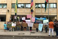 En marzo pasado esta misma comunidad hizo un plantón frente a la Alcaldía, denunciando desatención del Municipio.