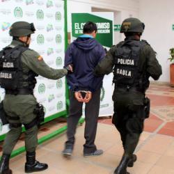 A la cárcel por extorsionar a una mujer con publicar fotos íntimas en Bucaramanga