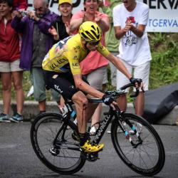 Video registró la fuerte caída de Chris Froome en la etapa 19