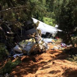 Accidente de avioneta en Medellín dejó tres muertos y siete heridos
