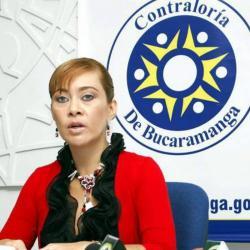 La Fiscalía General pretende imputarle cargos a la excontralora de Bucaramanga, Magda Milena Amado, por presunto prevaricato por omisión
