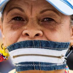 Tras diez años de la censura del canal RCTV, continúan protestas en Venezuela