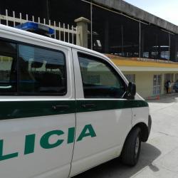 En video quedó registrada una agresión con cuchillo en Santander