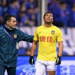 El delantero colombiano aportó un tanto y una asistencia en la victoria de su equipo.