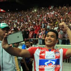 """Teófilo Gutiérrez cobró """"el peor penal de la historia del futbol"""""""