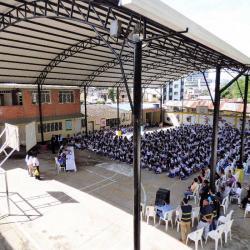 En julio, el mandatario local había visitado a la comunidad educativa para anunciar esta inversión.