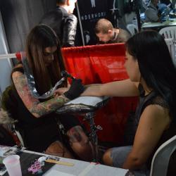 En la Convención se realizaron diferentes actividades en torno al mundo del tatuaje.