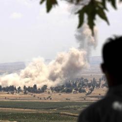 Evacúan a unos 2.500 rebeldes y sus familias del sur de Siria tras acuerdo