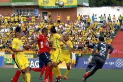 Las mejores imágenes del empate 2-2 entre Atlético Bucaramanga y Medellín