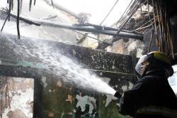 Imágenes del incendio que consumió parte de una vivienda en Bucaramanga