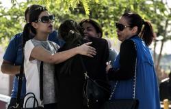 Imágenes del drama que viven los familiares de las víctimas del Egyptair