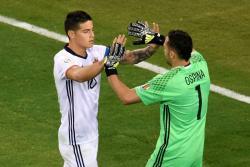Las mejores imágenes del sufrido triunfo de Colombia