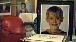 El armario secreto de Michael Jackson: juguetes para niños y una foto de Macaulay Culkin