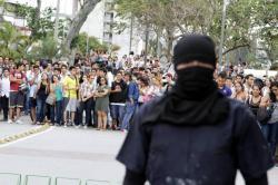 Imágenes de los fuertes disturbios en la UIS este miércoles