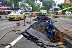 Imágenes del daño que ocasionó la rotura de un tubo en Bucaramanga