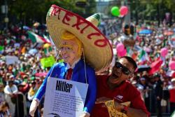 Con multitudinaria marcha, México le dice a Trump que no quiere fronteras