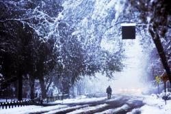 Imágenes de nevadas en Chile que dejan un muerto y miles de hogares sin luz