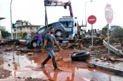 Inundaciones en Grecia dejan 16 muertos y 25 heridos