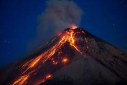 Vea las mejores imágenes de la erupción del volcán de Fuego en Guatemala