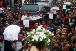 Así despidieron los guatemaltecos a las víctimas mortales del volcán de Fuego