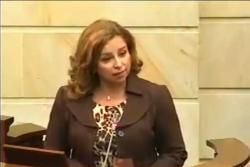 """Senadora colombiana dice que Einstein es un """"filósofo- político"""" y lo confunde con Maquiavelo"""