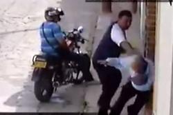 Centro Democrático rechaza agresión de uno de sus militantes a un adulto mayor