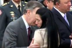 Familiar de soldado asesinado en combate le negó el saludo al presidente Santos