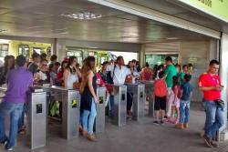 """""""Nefasto y maravilloso"""": Usuarios calificaron a Metrolínea en el Día Sin Carro"""