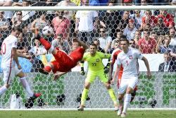 Vea el espectacular gol de tijera del suizo Shaqiri en Eurocopa